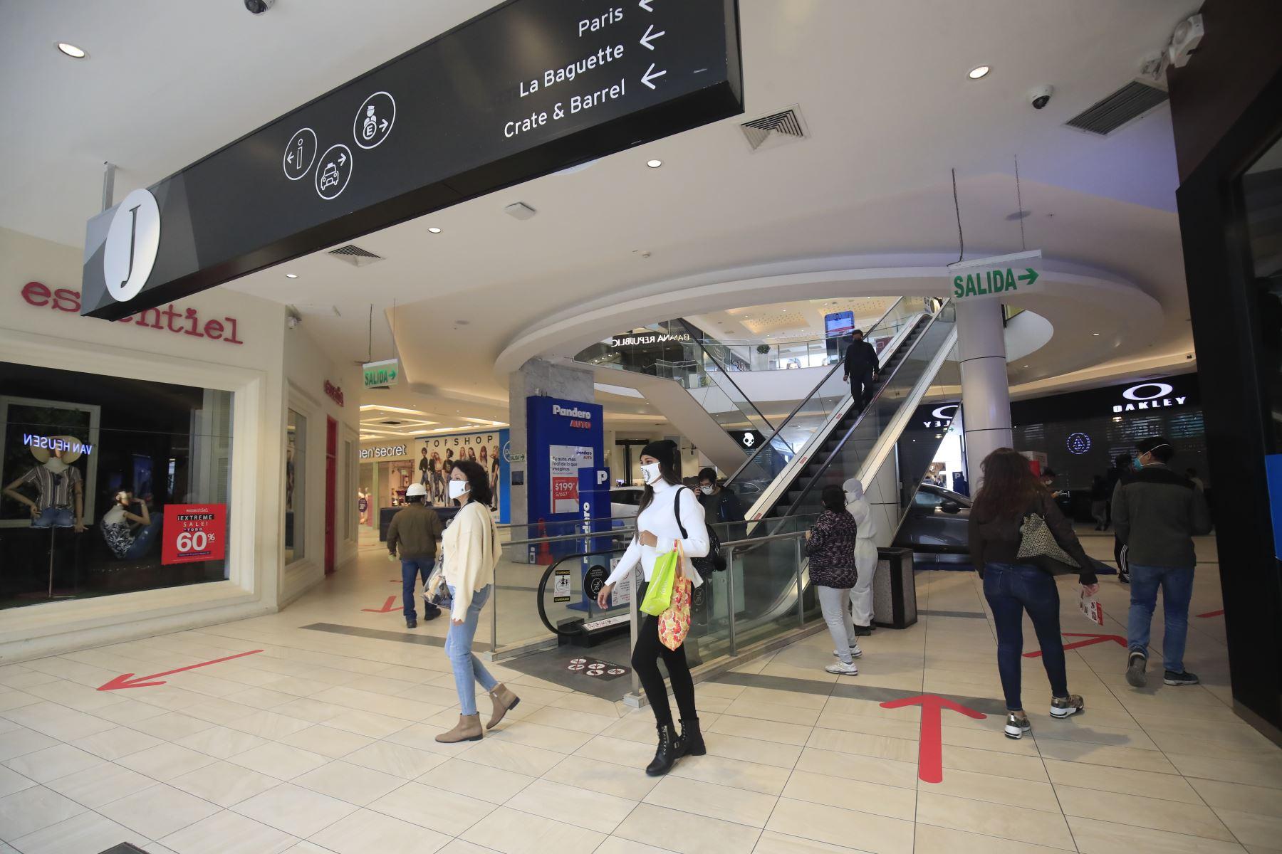 Coronavirus: conoce los aforos permitidos en centros comerciales