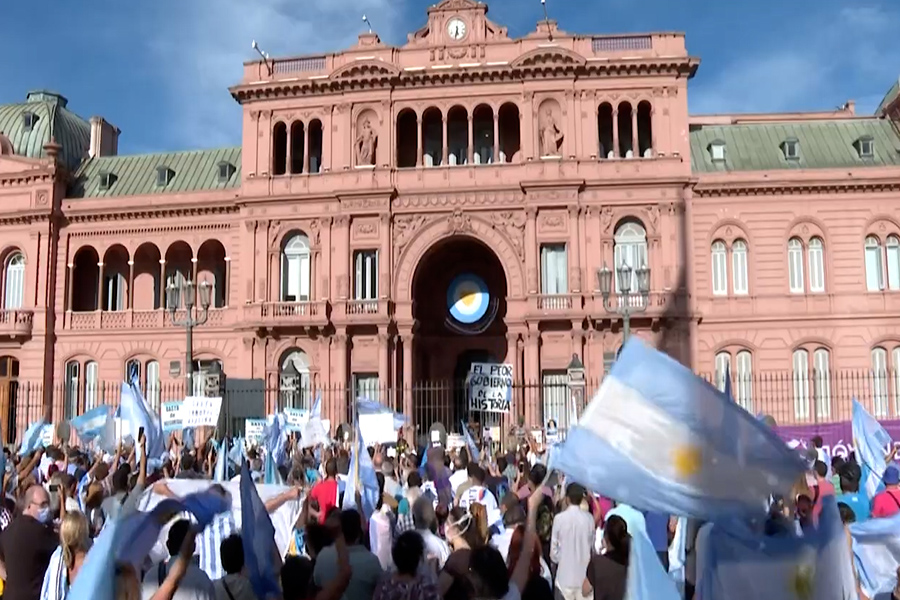 Numerosas protestas opositoras en Argentina contra