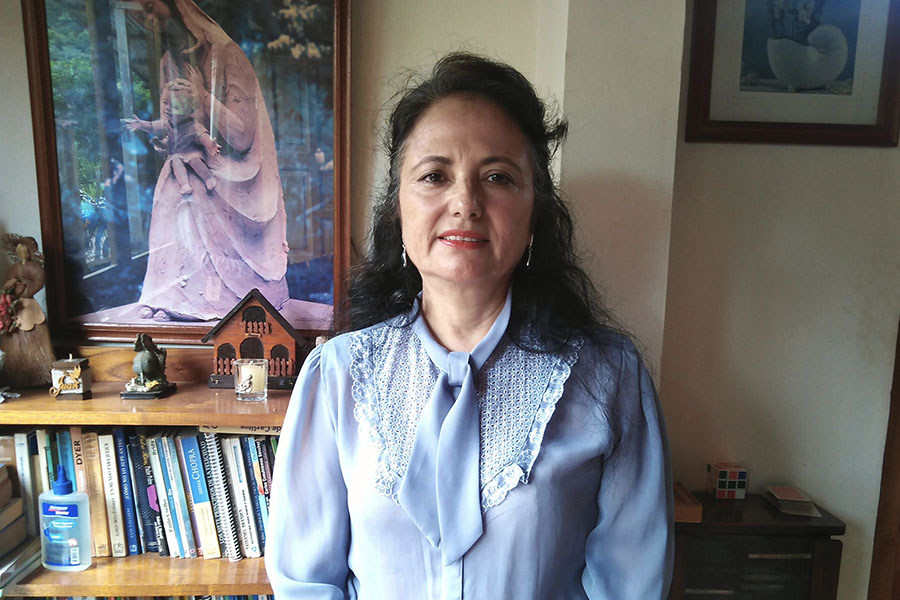 Educadora aplica estrategia pedagógica intergeneracional e intercultural en Pasco