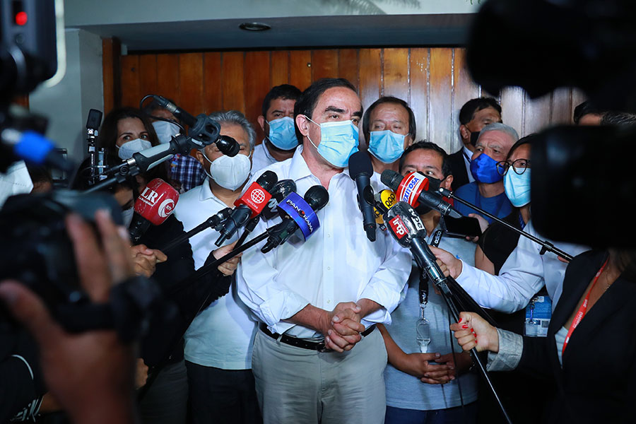 Lescano dice que esperará resultados oficiales de la ONPE