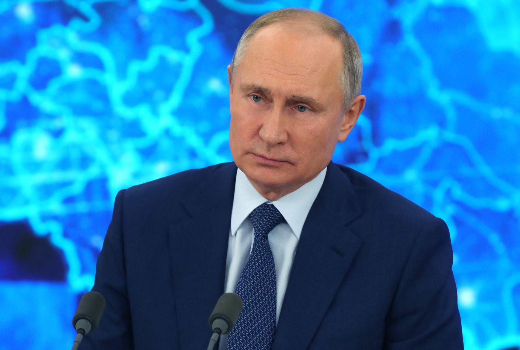 Putin advierte contra provocaciones de Occidente mientras la oposición sale a la calle