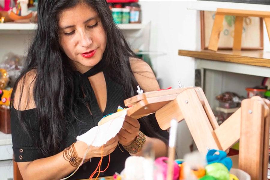 Artesanas peruanas muestran toda su creatividad en Festival Crea