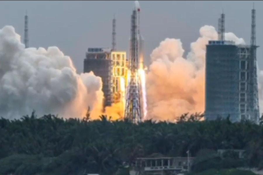 China: cohete fuera de control representa riesgo extremadamente bajo