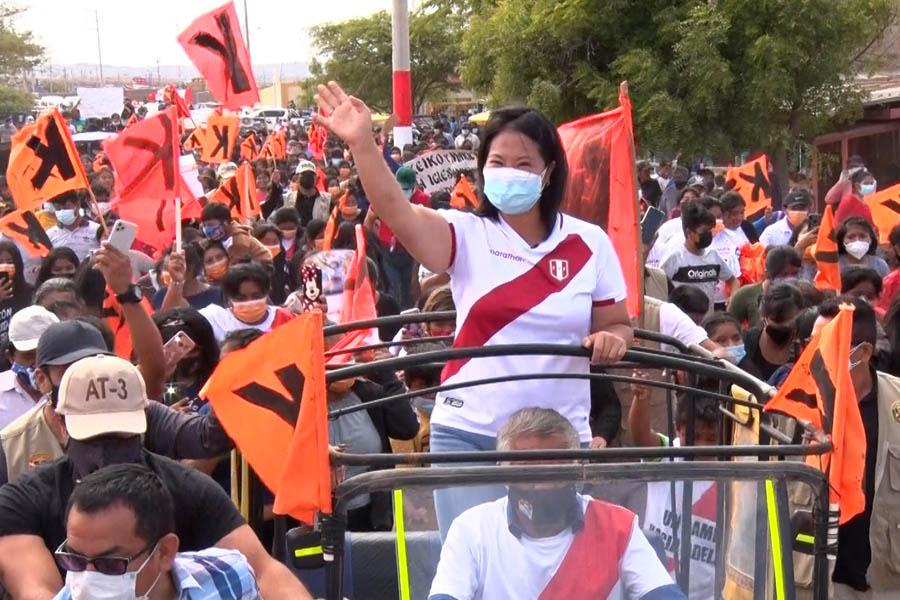 Keiko Fujimori culminó acitividades proselitistas en Piura