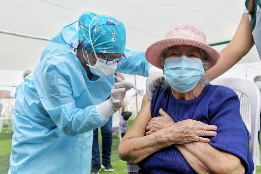 Más de 2 millones 200 mil vacunas se aplicaron a nivel nacional