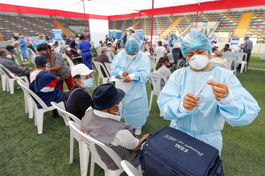 """Ministro Palacios: """"Vacunas que se aplican son efectivas contra la variante Delta"""""""