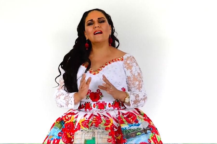 "Bicentenario: Dina Páucar interpreta ""Si nos unimos"""