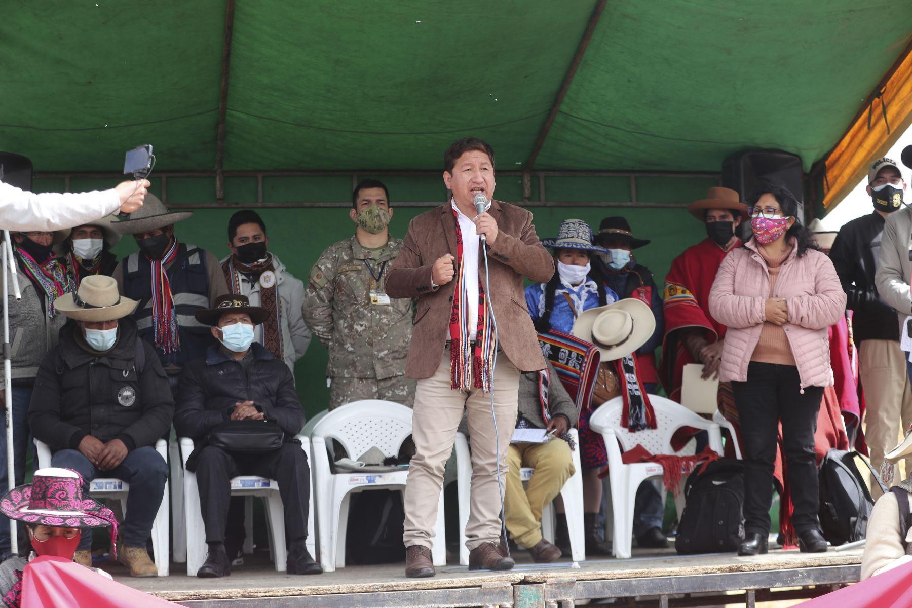 Jefe del Gabinete espera desbloqueo del corredor minero tras diálogo con comunidades