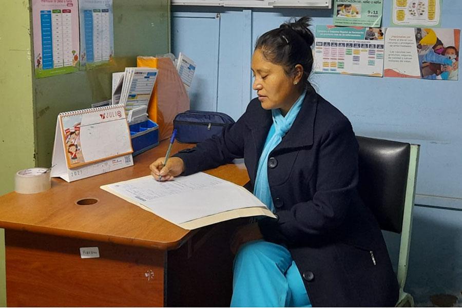 Conozca a la enfermera que aplicó 552 vacunas en un día