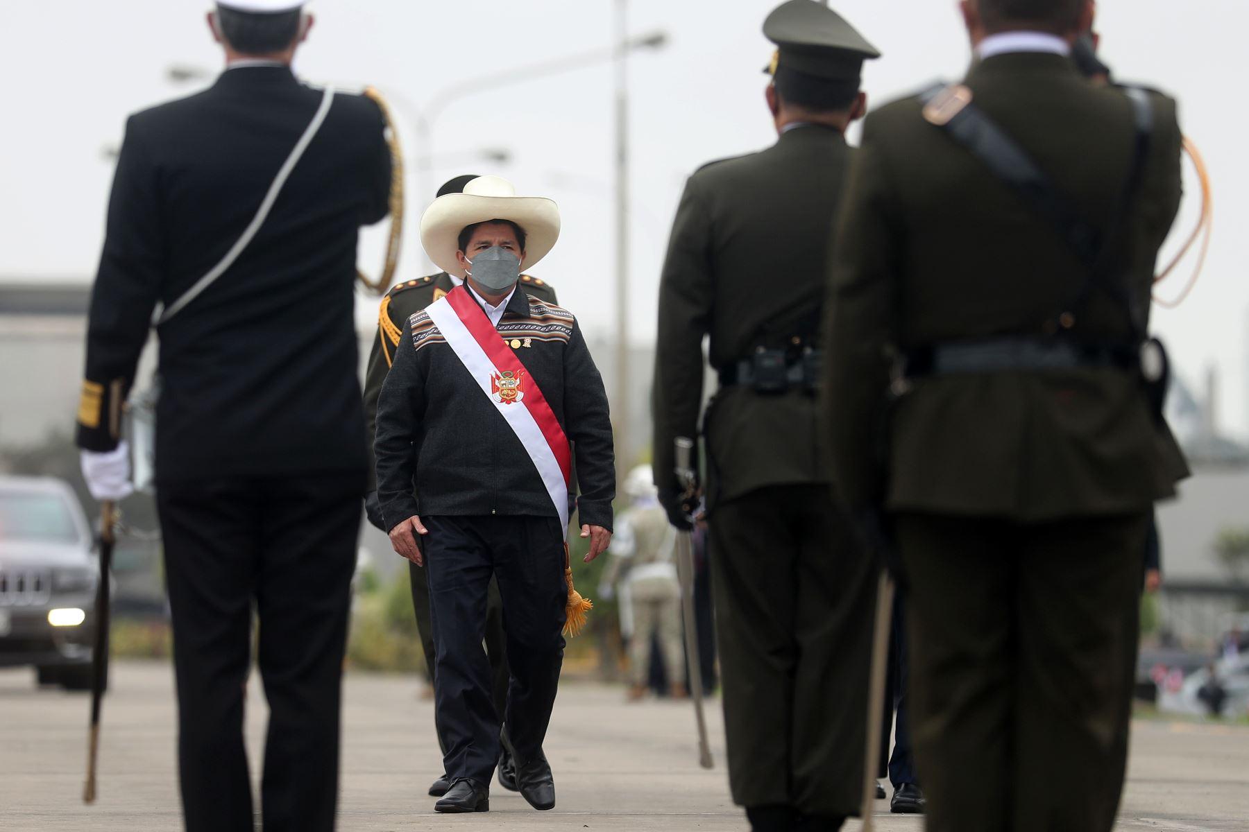 Presidente Castillo es reconocido como jefe supremo de las FF.AA y PNP