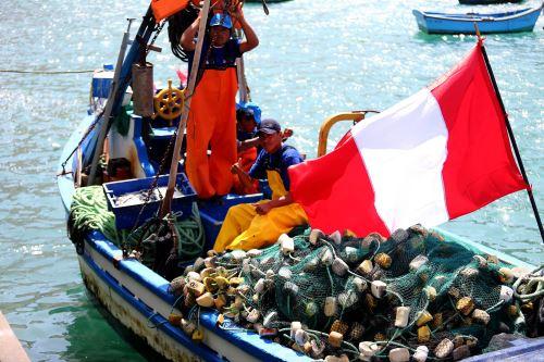 Nueva infraestructura mejorará las condiciones laborales de los pescadores.