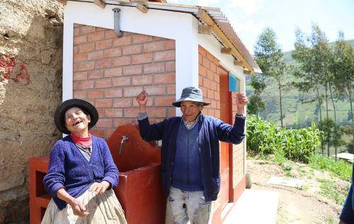 Más de 2,000 pobladores de comunidads ubicadas en las provincias de Canas y Canchis.