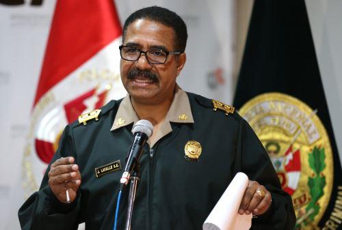 Comandante general de la Policía Nacional,  general PNP José Luis Lavalle.