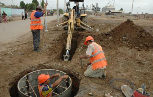 Municipalidad de Nasca hará inversión en obras que mejorarán el sistema de agua potable.