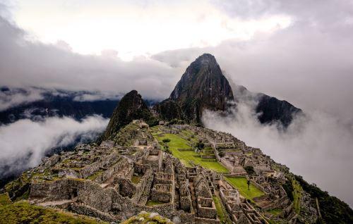 Machu Picchu es una construcción de origen Inca construida en el siglo XV.
