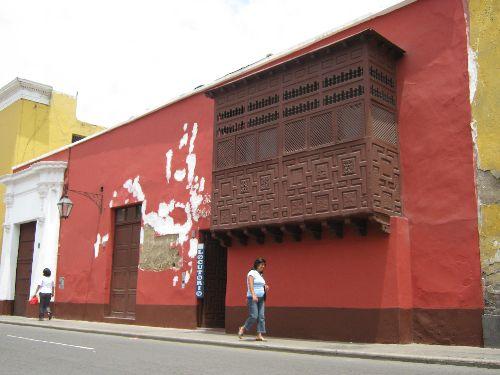 El proyecto piloto permitirá rehabilitar unos 230 inmuebles históricos de Trujillo.