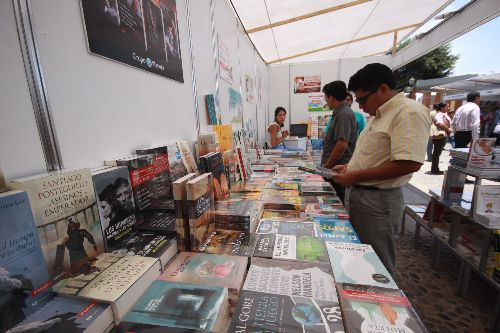 Feria del Libro de Trujillo espera una concurrencia masiva de público.